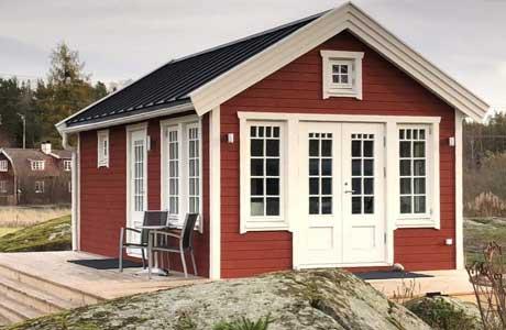 Attefallsfabrik.se - Stilrent Attefallshus 30 kvm med v-tak
