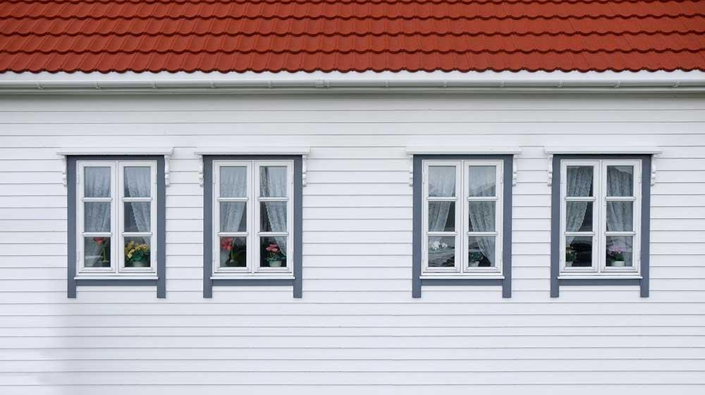 Spelar materialvalet roll för väggar och tak på attefallshus?